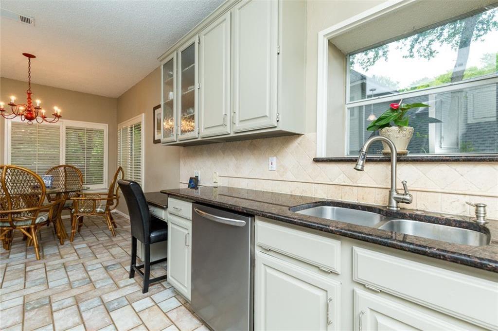 Sold Property | 520 Sir Roland Drive Grand Prairie, Texas 75052 12