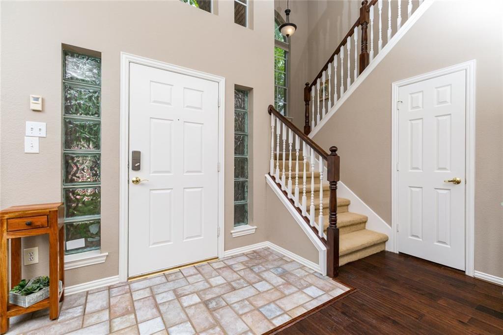Sold Property | 520 Sir Roland Drive Grand Prairie, Texas 75052 4