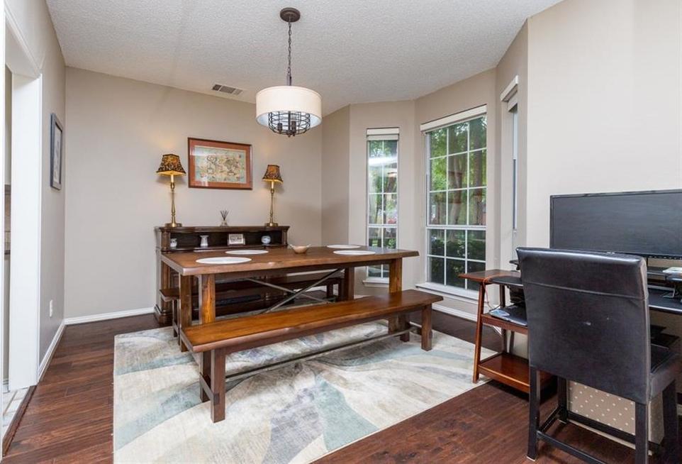 Sold Property | 520 Sir Roland Drive Grand Prairie, Texas 75052 5