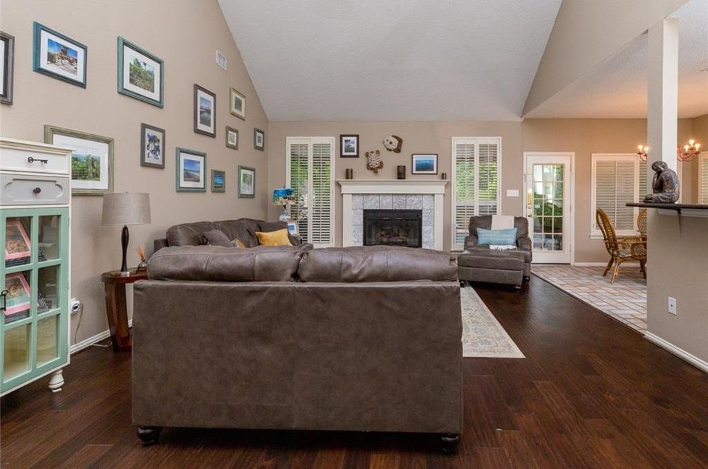 Sold Property | 520 Sir Roland Drive Grand Prairie, Texas 75052 6