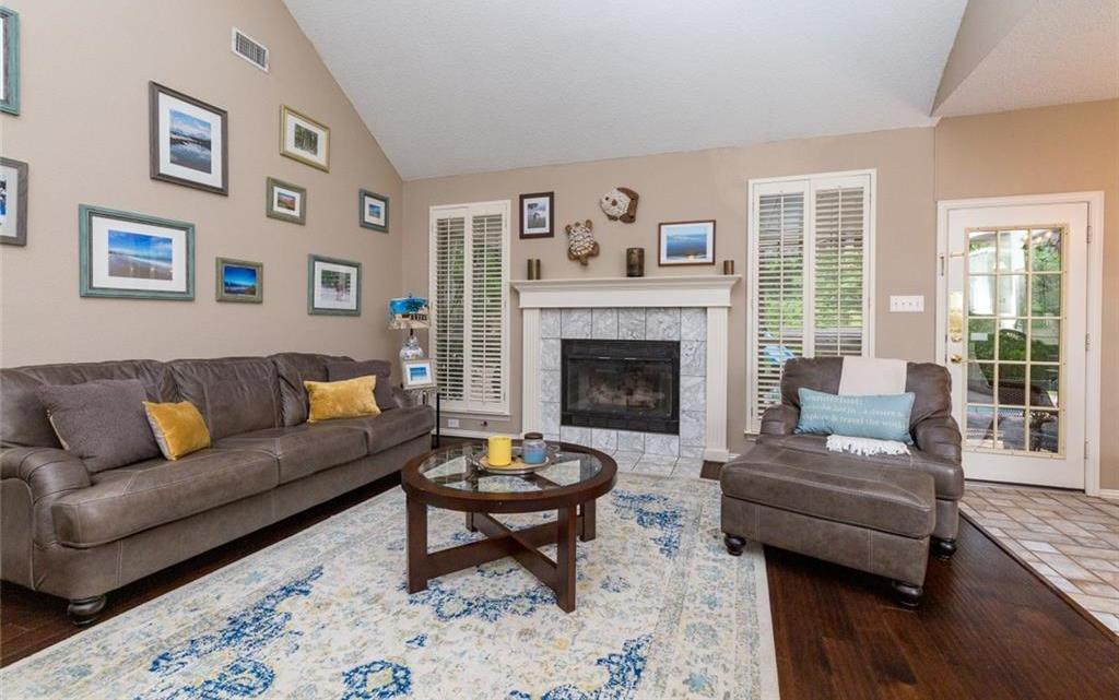 Sold Property | 520 Sir Roland Drive Grand Prairie, Texas 75052 7