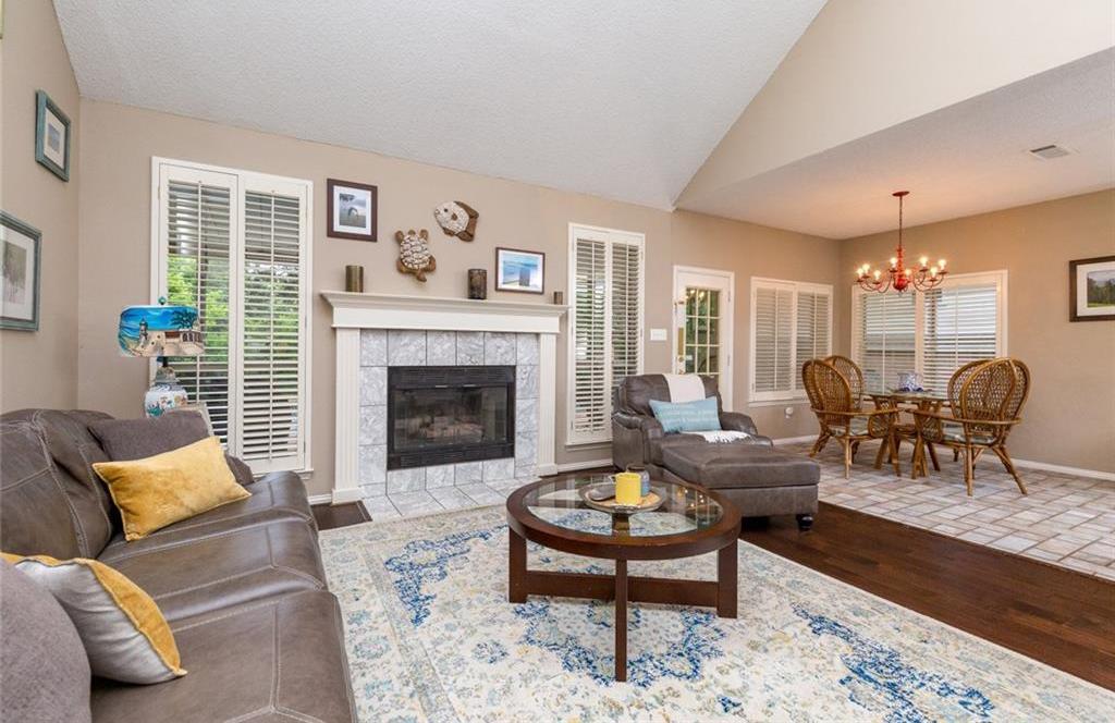 Sold Property | 520 Sir Roland Drive Grand Prairie, Texas 75052 8