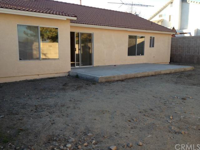 Closed | 3267 N Tamarind Avenue Rialto, CA 92377 8