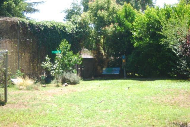 Closed | 393 N Campus  Avenue Upland, CA 91786 14