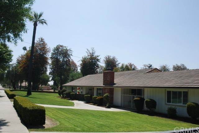 Closed | 40 W 21st  Street Upland, CA 91784 0
