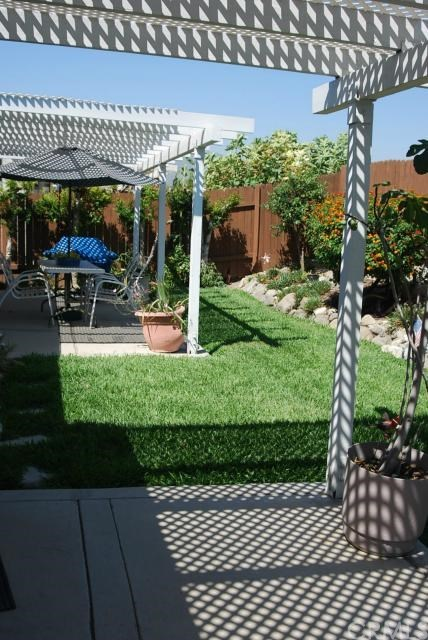 Closed   7255 Parkside  Place Rancho Cucamonga, CA 91701 16