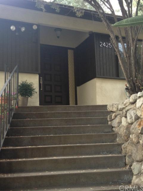 Closed | 2425 San Antonio Crescent West Upland, CA 91784 1