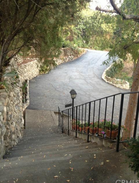 Closed | 2425 San Antonio Crescent West Upland, CA 91784 3