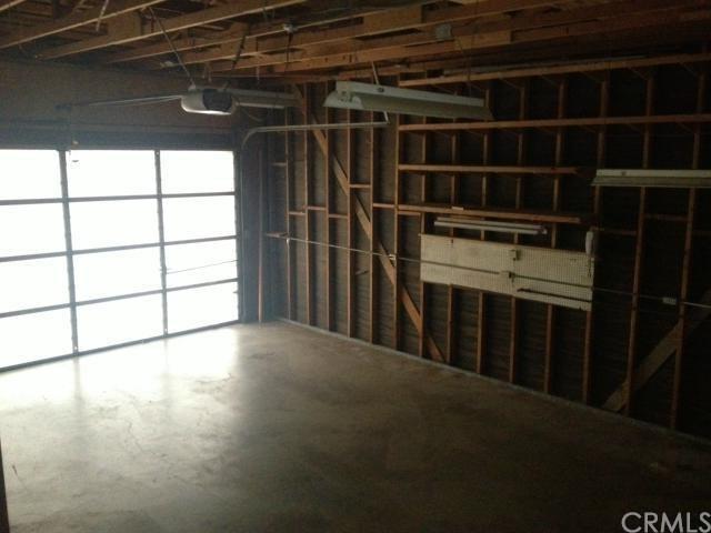 Closed | 2425 San Antonio Crescent West Upland, CA 91784 24