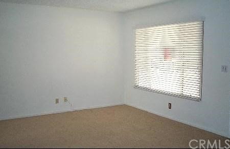 Closed | 10151 OAKGLEN Avenue Montclair, CA 91763 3