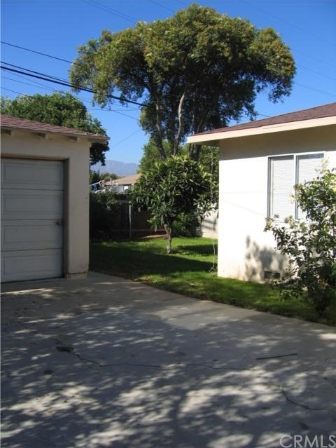 Closed | 779 E 7th Street Upland, CA 91786 12