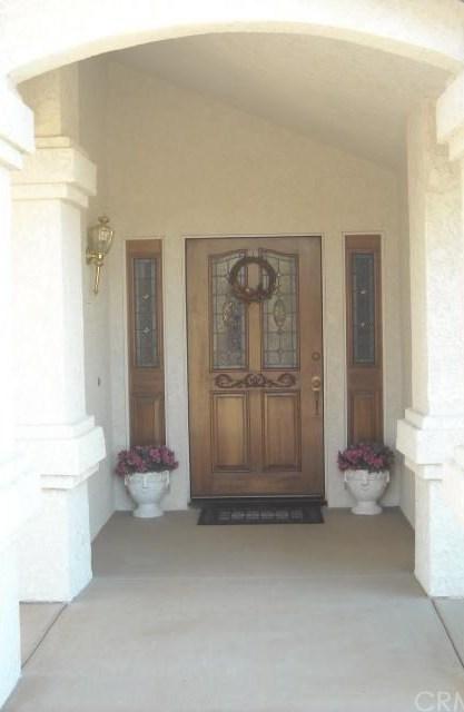 Closed | 5672 Elsinore Road Phelan, CA 92371 1