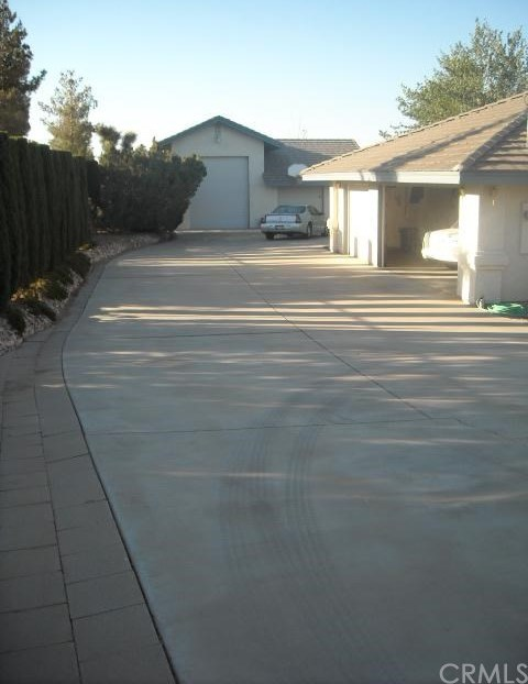 Closed | 5672 Elsinore Road Phelan, CA 92371 20