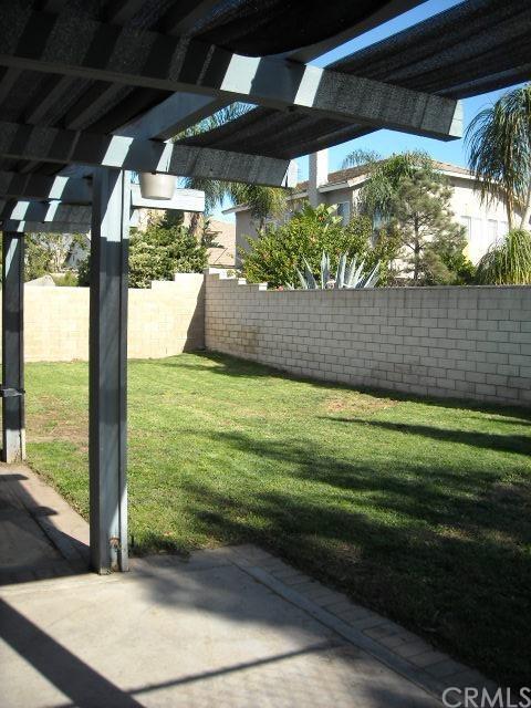 Closed | 7191 Arcata Street Fontana, CA 92336 11