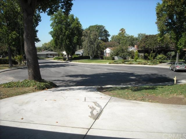 Closed | 2046 Stoddard Place Pomona, CA 91768 1