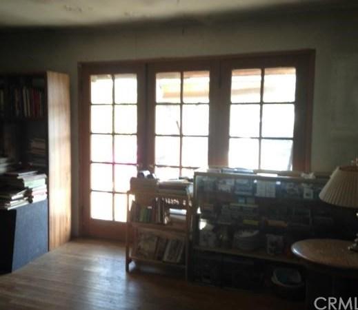 Closed | 1802 San Bernardino Avenue Pomona, CA 91767 2