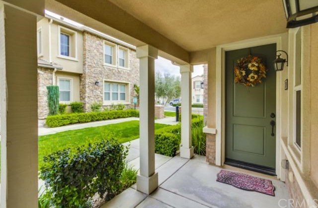 Closed | 14975 S Highland Avenue #19 Fontana, CA 92336 3