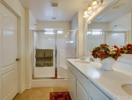 Closed | 14975 S Highland Avenue #19 Fontana, CA 92336 16