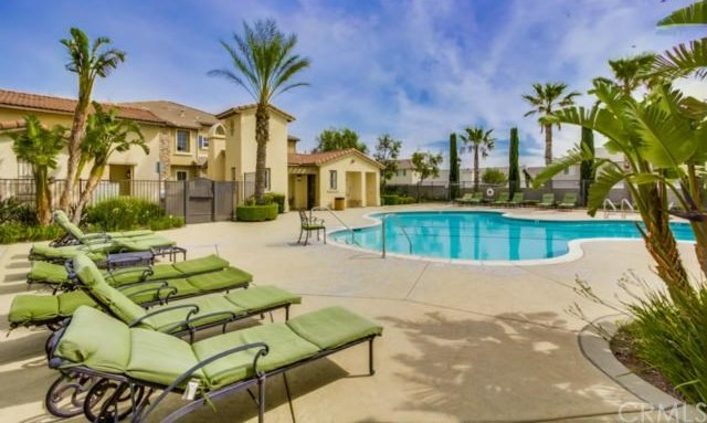 Closed | 14975 S Highland Avenue #19 Fontana, CA 92336 23