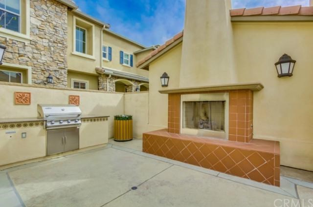 Closed | 14975 S Highland Avenue #19 Fontana, CA 92336 25