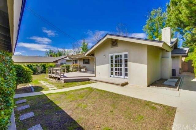 Closed | 1328 N 2nd Avenue Upland, CA 91786 28