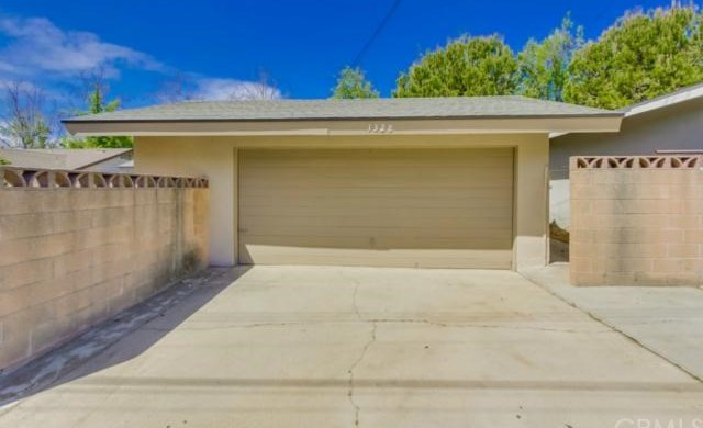 Closed | 1328 N 2nd Avenue Upland, CA 91786 33