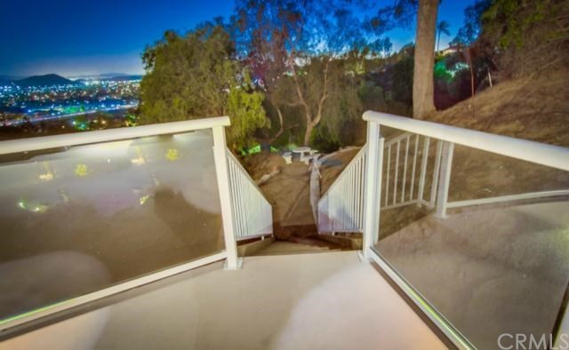 Closed | 854 Hillcrest Place Pomona, CA 91768 10