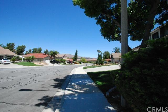 Closed | 22803 Sweet Pea Circle Moreno Valley, CA 92557 22