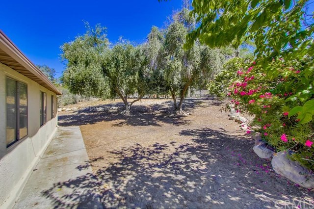Closed | 5551 Vinmar Avenue Rancho Cucamonga, CA 91701 32
