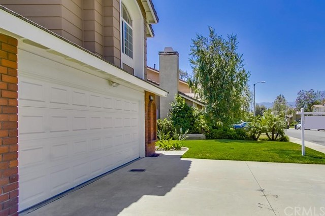 Closed | 11237 Brown Drive Rancho Cucamonga, CA 91701 2