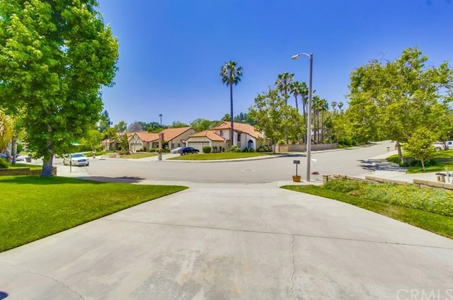 Closed | 7711 Calle Clarin Rancho Cucamonga, CA 91730 5