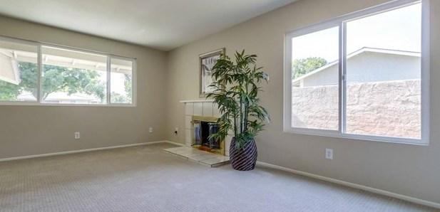 Closed | 8441 Malachite Avenue Rancho Cucamonga, CA 91730 17