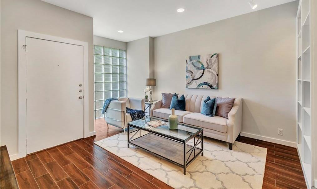 Sold Property | 4241 Buena Vista Street #12 Dallas, Texas 75205 1