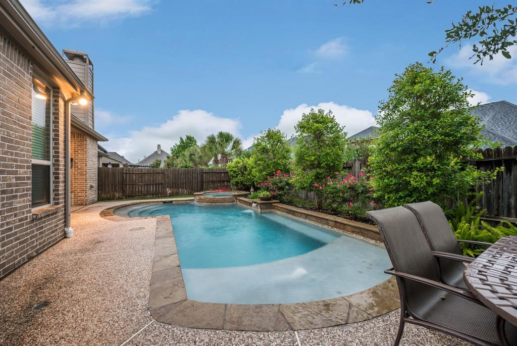 Pending | 4519 Middleoak Grove  Lane Katy, TX 77494 36