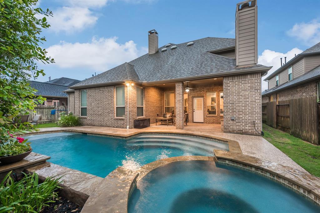 Pending | 4519 Middleoak Grove  Lane Katy, TX 77494 38