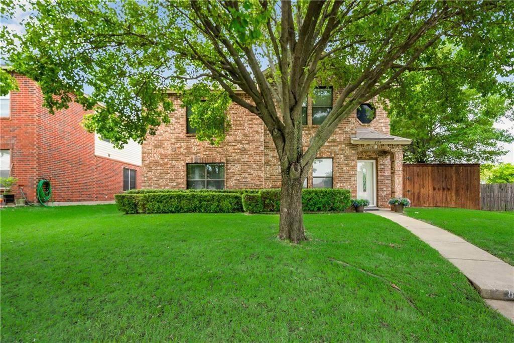 Sold Property | 804 Willow Wood Drive Cedar Hill, Texas 75104 1