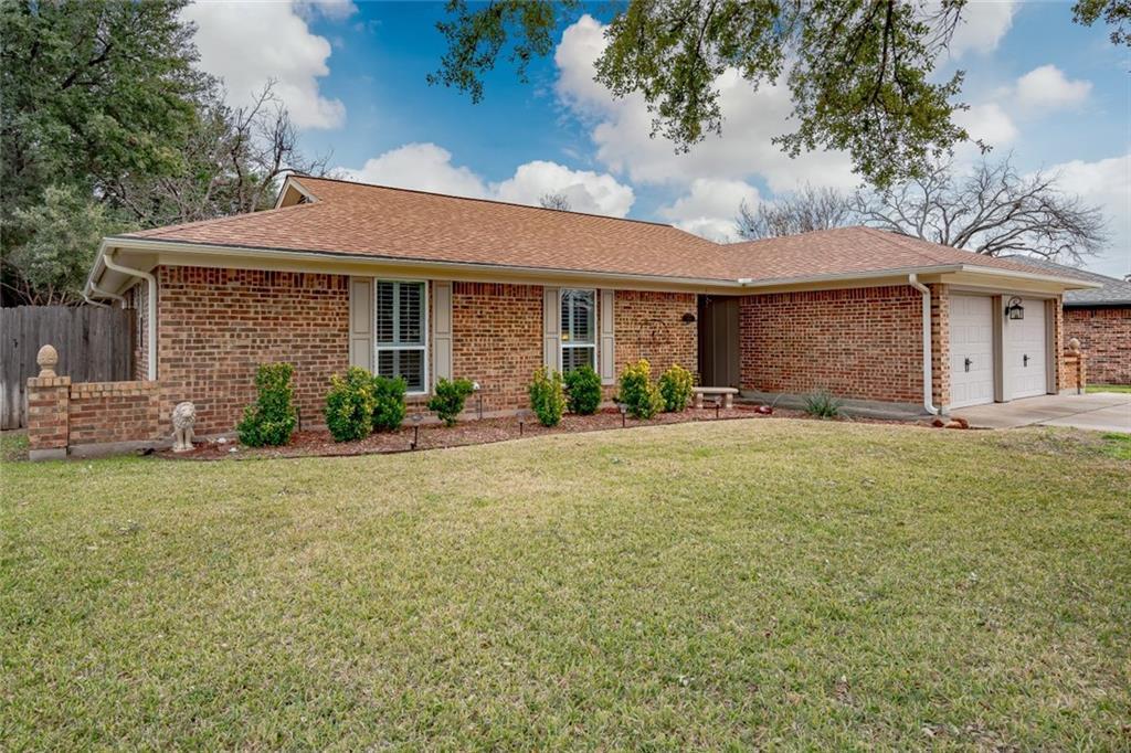 Sold Property   1909 Roosevelt Drive Pantego, Texas 76013 3