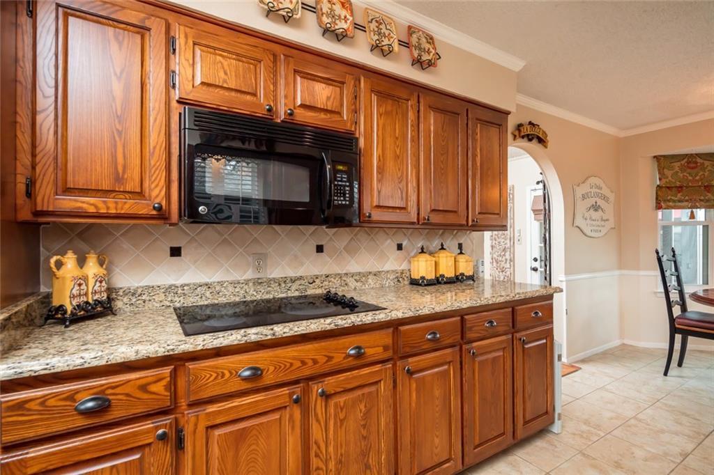 Sold Property   1909 Roosevelt Drive Pantego, Texas 76013 12