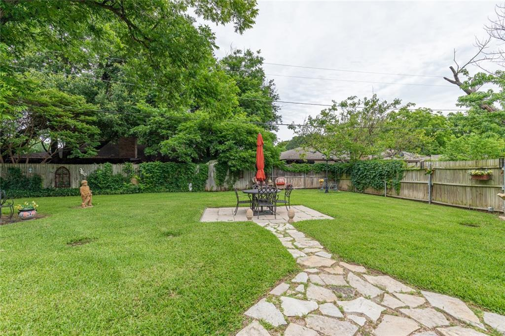 Sold Property   1909 Roosevelt Drive Pantego, Texas 76013 24