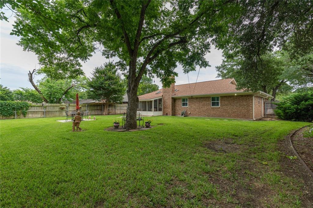 Sold Property   1909 Roosevelt Drive Pantego, Texas 76013 26
