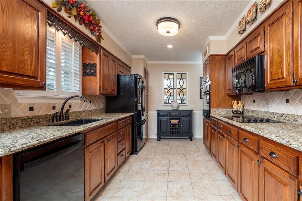 Sold Property   1909 Roosevelt Drive Pantego, Texas 76013 9
