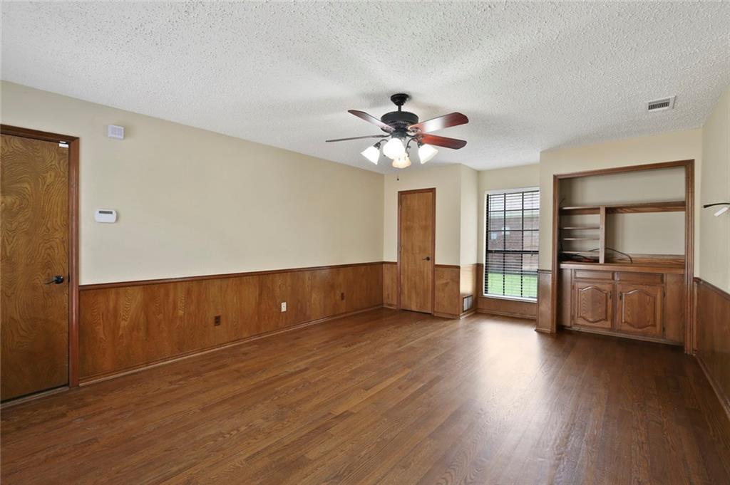 DFW Real Estate | 514 Glen Canyon Drive Garland, Texas 75040 18