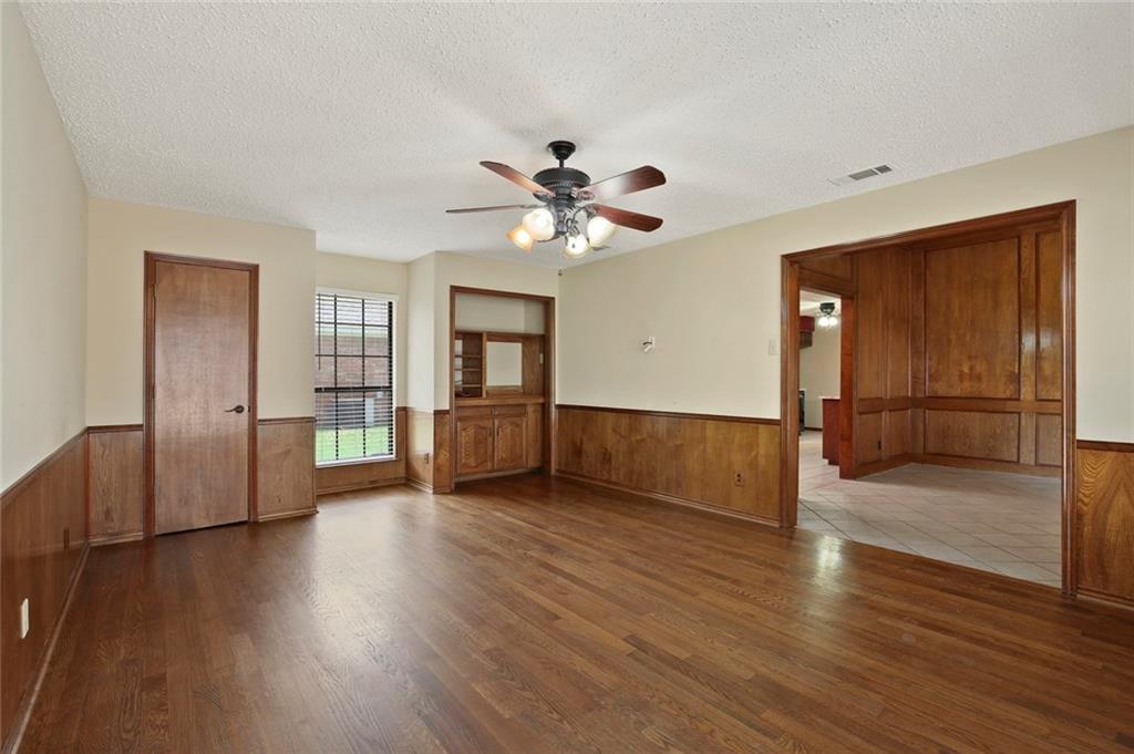 DFW Real Estate | 514 Glen Canyon Drive Garland, Texas 75040 19