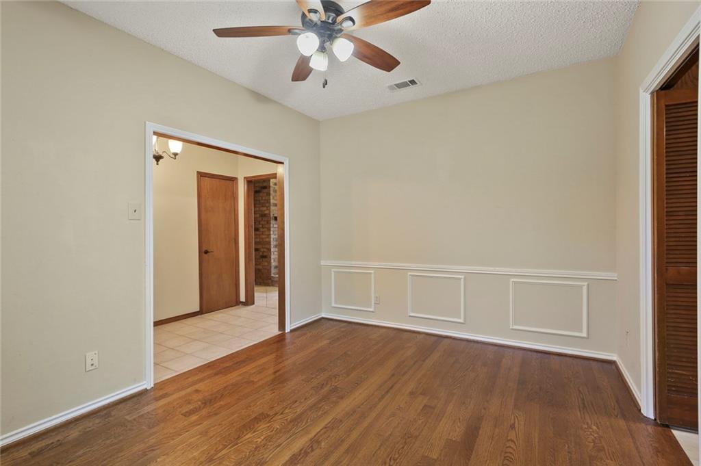 DFW Real Estate | 514 Glen Canyon Drive Garland, Texas 75040 7