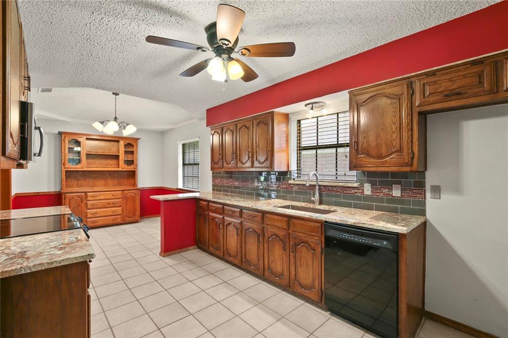 DFW Real Estate | 514 Glen Canyon Drive Garland, Texas 75040 10