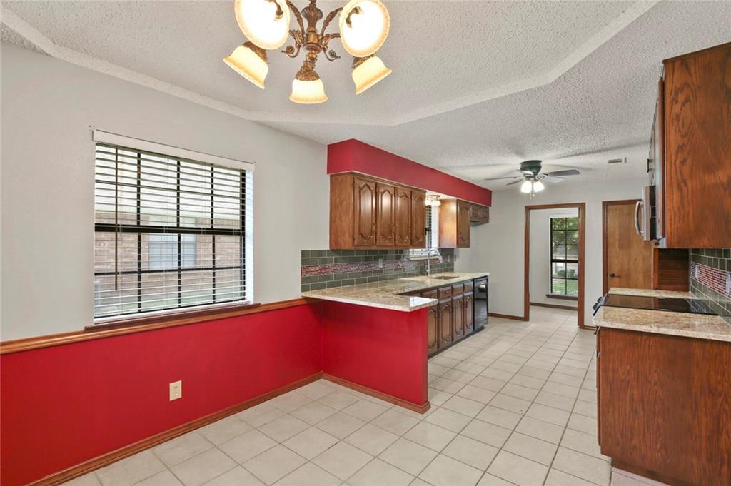 DFW Real Estate | 514 Glen Canyon Drive Garland, Texas 75040 11