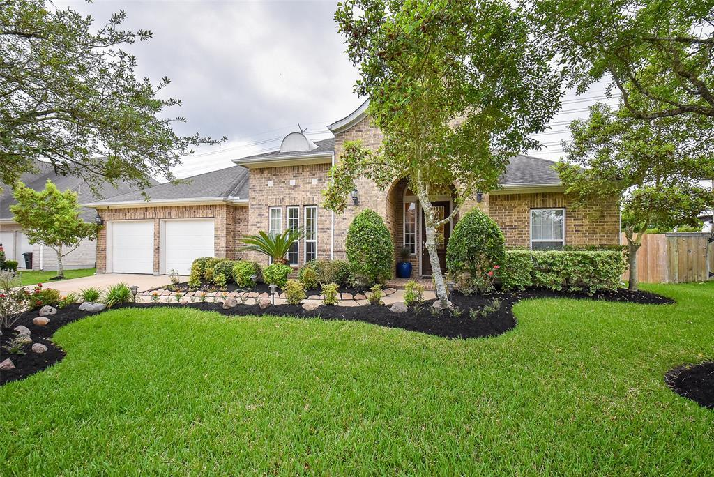 Off Market | 11904 Eden Creek Drive Pearland, Texas 77584 0
