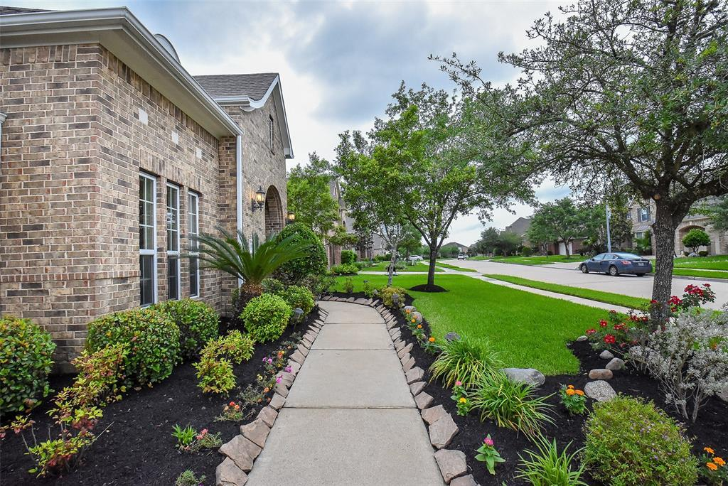 Off Market | 11904 Eden Creek Drive Pearland, Texas 77584 3