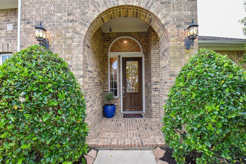 Off Market | 11904 Eden Creek Drive Pearland, Texas 77584 4