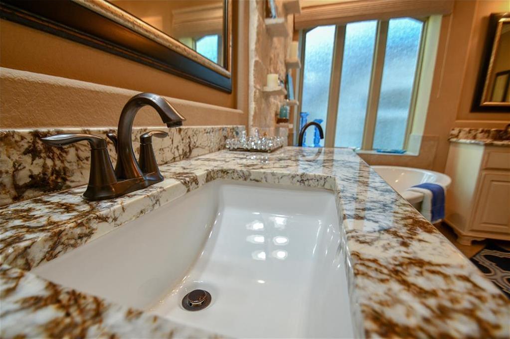 Sold Property | 103 Salinas CV Austin, TX 78738 15